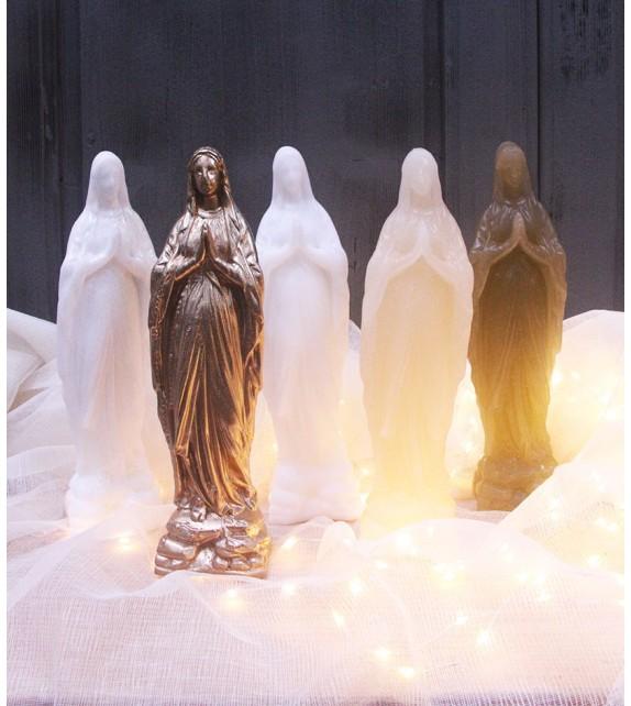 Vierge en cire